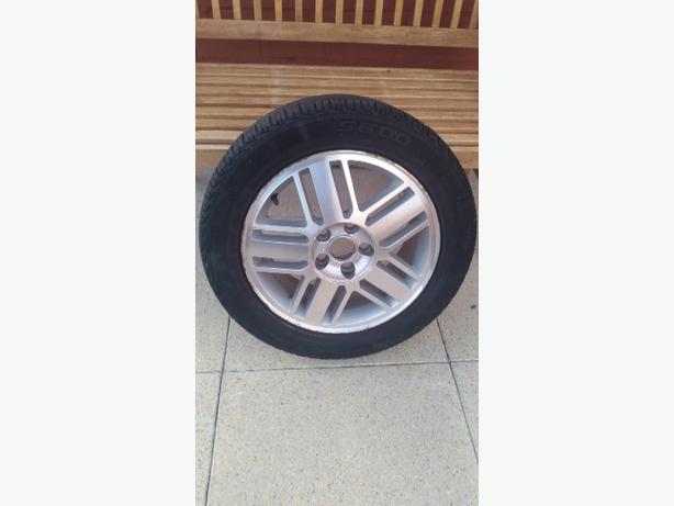 FOCUS GHIA 16 INCH ALLOY WHEEL AND TYRE