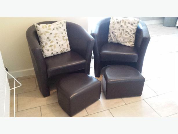 2 tub chair's