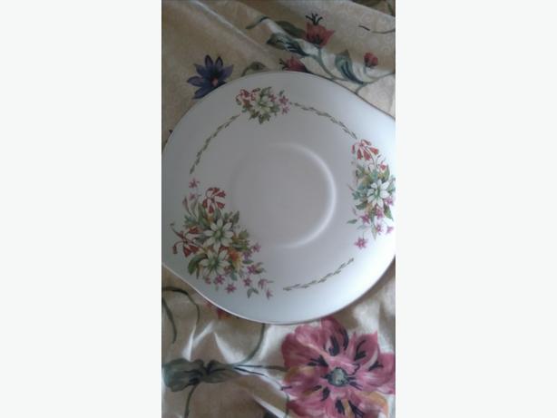 Royal Daulton plate  bushfire
