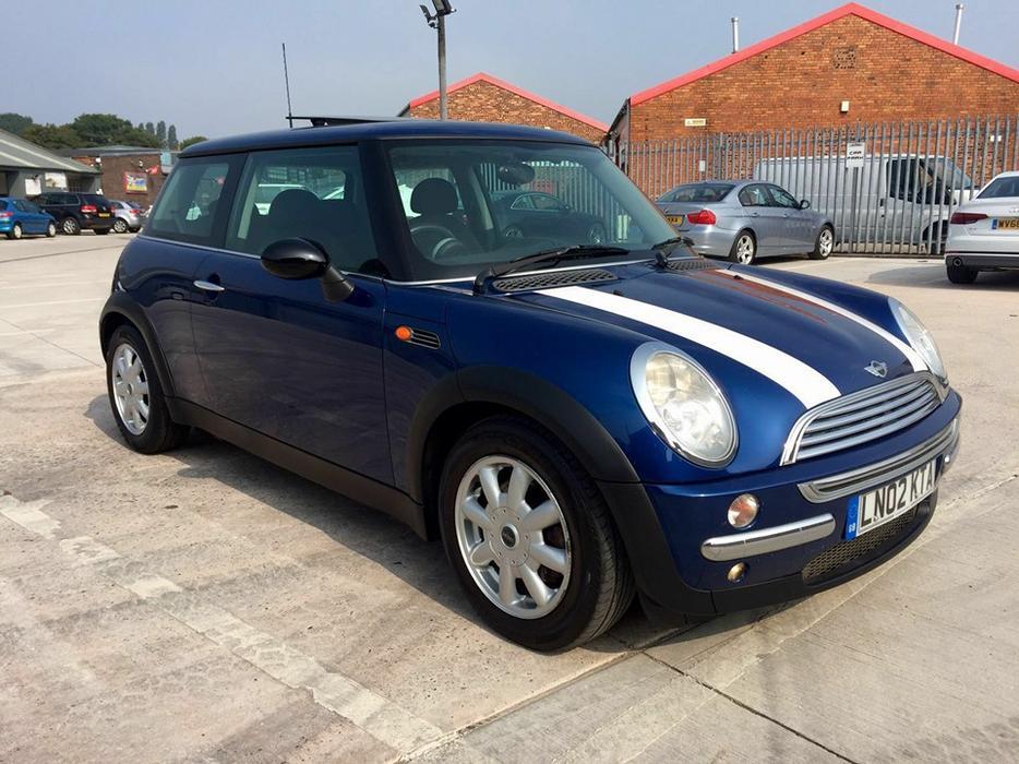 Mini Cooper 1 6i 3 Door Hatchback 2002 02 Reg Willenhall