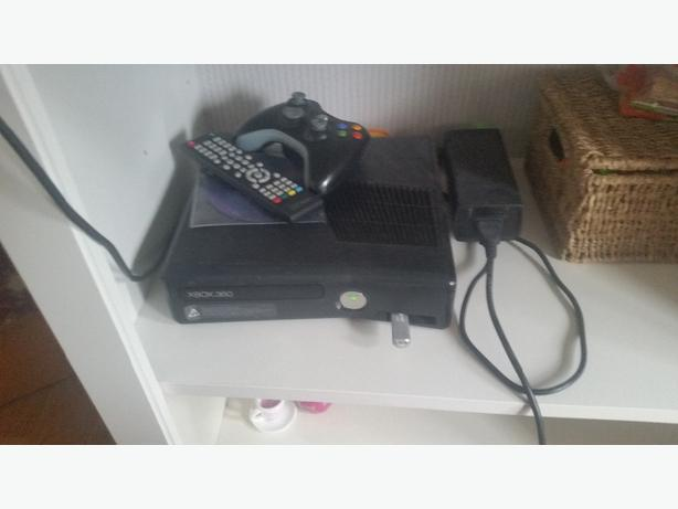 FLASHED XBOX 360 SLIM WITH 80 GAMES