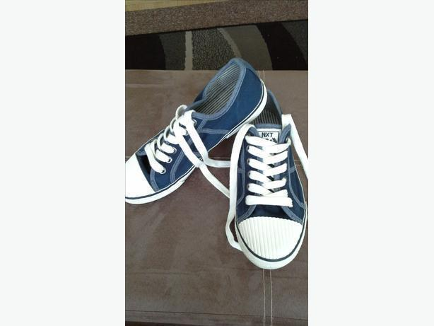 ## New NEXT shoes size 3
