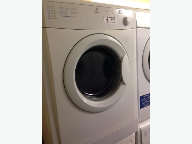 INDESIT 6KG VENTED DRYER0