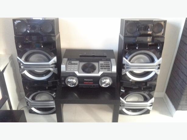 Panasonic Max DJ Boombox