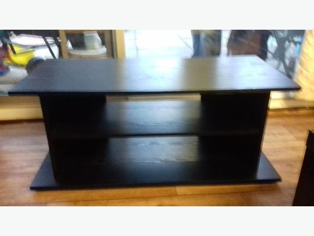 TV stand modern nearly new