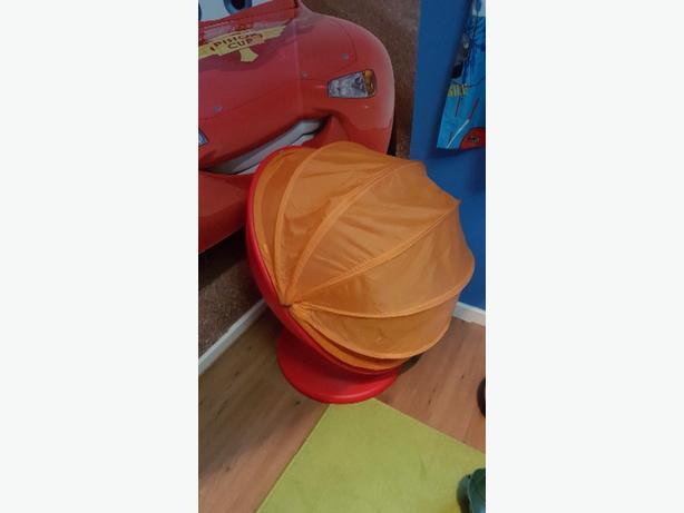 Kid's spinning seat