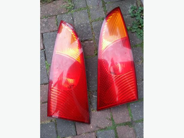 Rear break lights