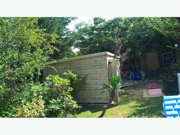 garden sheds and summer houses made to measure