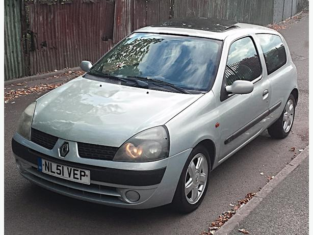 2002 renault clio 1 2 expression oldbury sandwell. Black Bedroom Furniture Sets. Home Design Ideas