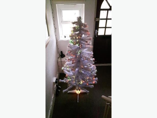 White 6ft fibre optic tree