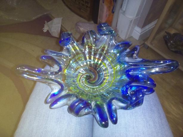 Heavy glass dish
