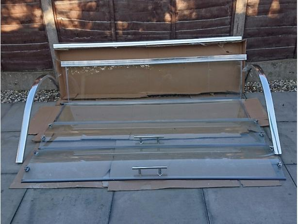 shower enclosure  1000x1000