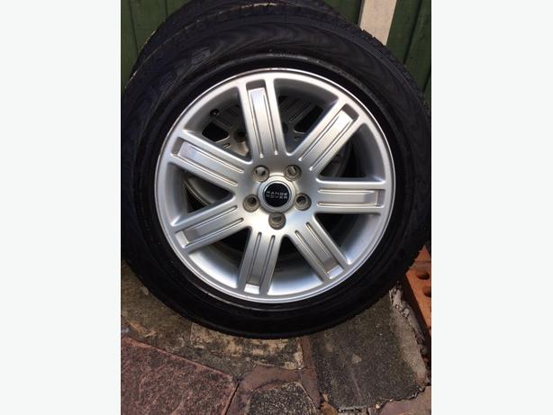 19 inch Range Rover Alloys with new tyres
