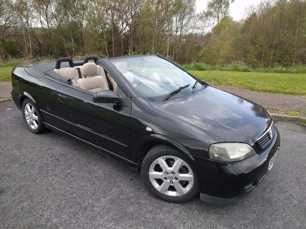2004 VAUXHALL ASTRA COUPE CONVERTIBLE BLACK