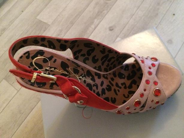 Jessica Simpson shoes size 6
