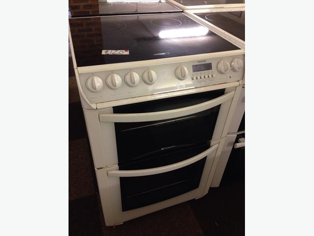 HOTPOINT 60CM CERAMIC TOP ELECTRIC COOKER0
