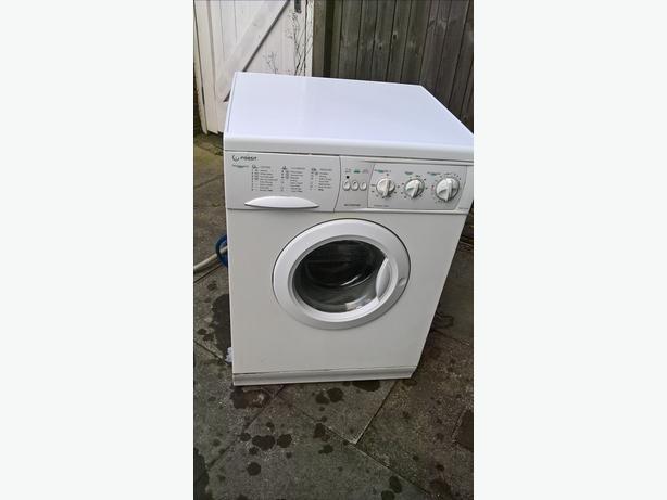 washer dryer indesit 1200