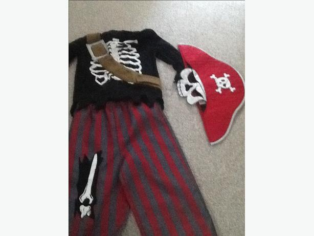 Childs Halloween dress up outfit
