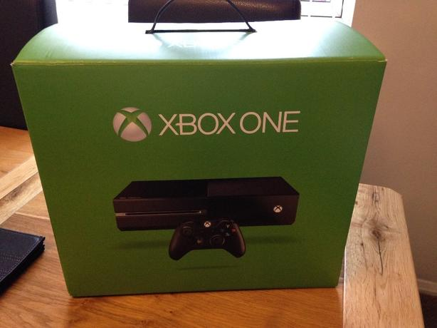 xbox one 500gb x2 games
