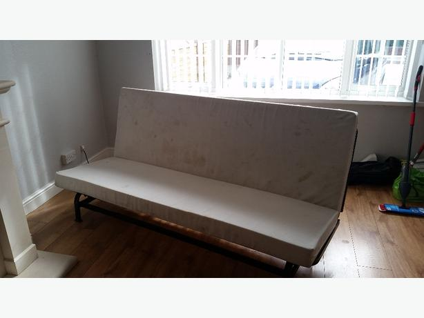 3 seater double bed