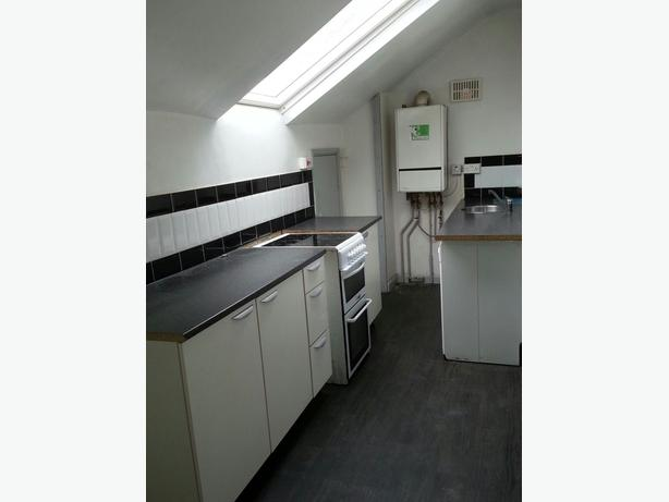 stunning 1 bedroom studio/flat to rent