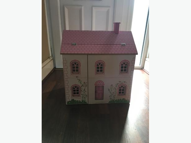 **childrens doll house** need gone