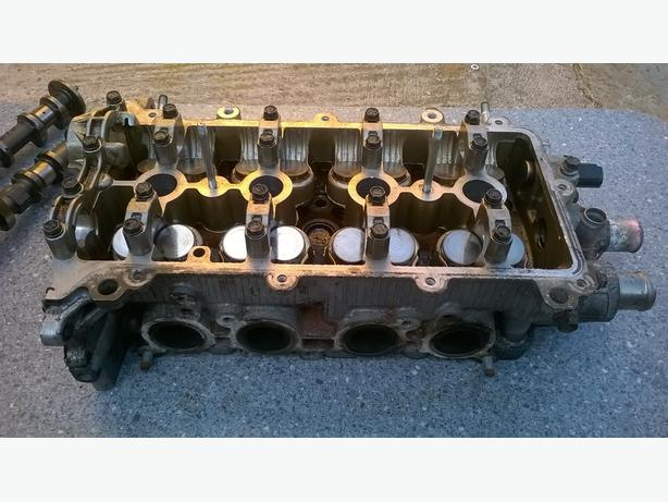Toyota 2SZ-FE Cylinder Head & Accessories