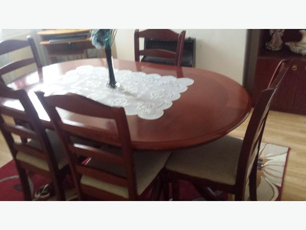 dinig table chairs