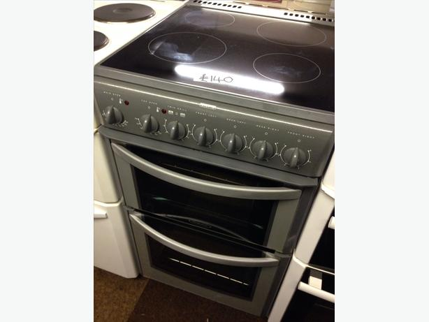 HOTPOINT CERAMIC TOP DOUBLE OVEN ELECTRIC COOKER
