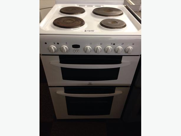 INDESIT PLATED TOP ELECTRIC COOKER 60CM