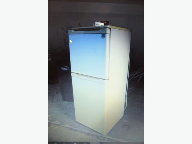 BEKO-FRIDGE FREEZER-£60