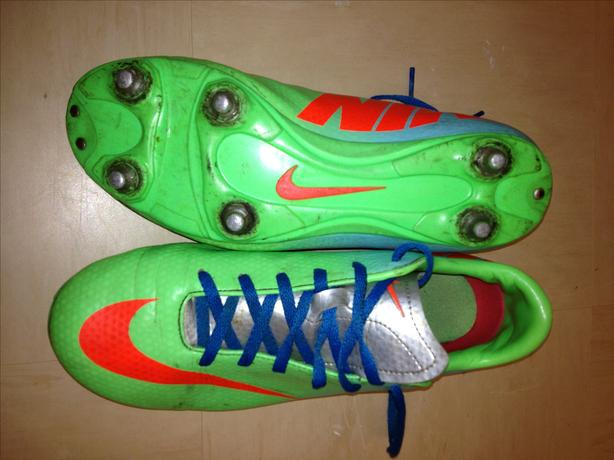 NIKE Mercurial football boots size 5.5UK