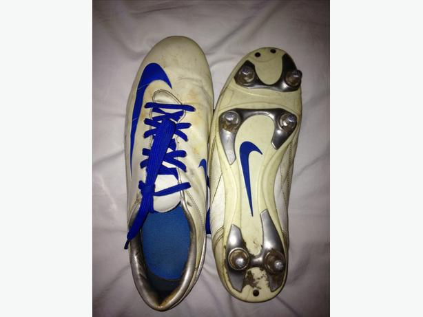 NIKE Mercurial football boots size 8UK