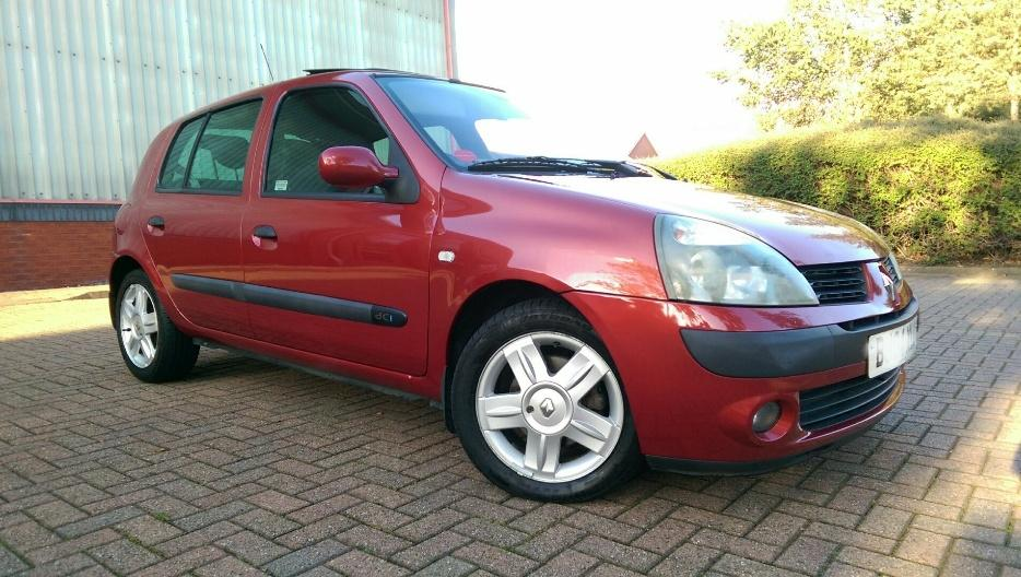 2004 renault clio 1 5 dci dynamique 80 fsh 4 owners immaculate wednesbury sandwell. Black Bedroom Furniture Sets. Home Design Ideas