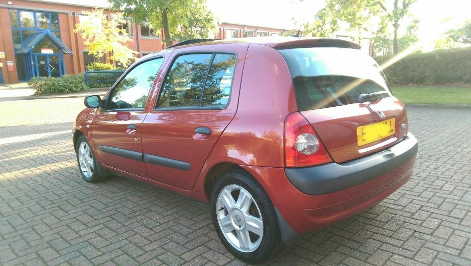2004 renault clio 1 5 dci dynamique 80 fsh 4 owners immaculate wednesbury wolverhampton. Black Bedroom Furniture Sets. Home Design Ideas