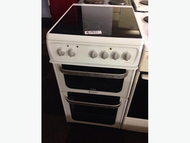 HOTPOINT CERAMIC TOP 50CM FAN ASSISTED ELECTRIC COOKER