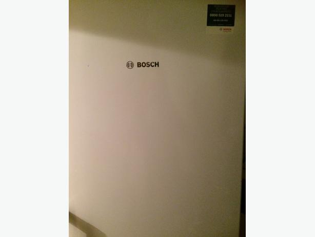bosch 6ft Fridge as new