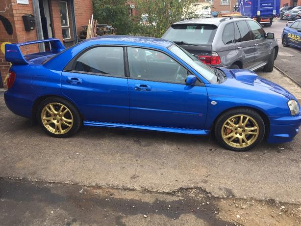 Subaru Impreza WRX STI breaking parts 6speed Brembos