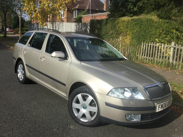 Skoda Octavia 2.0 TDi Pd Laurin & Klement DSG auto estate - FSH & long MOT !