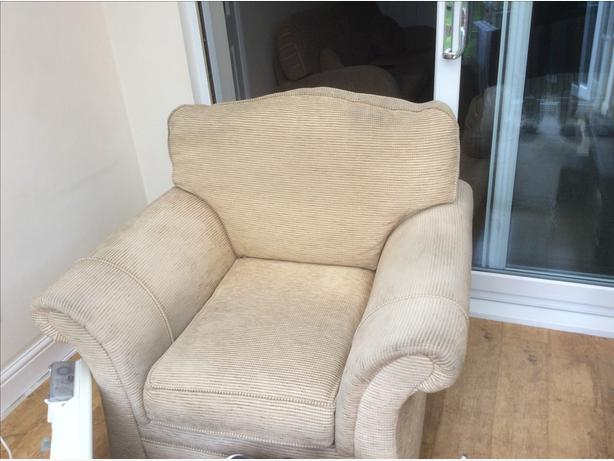Free armchair