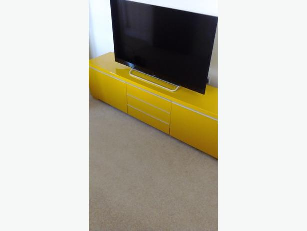 Yellow high gloss TV unit