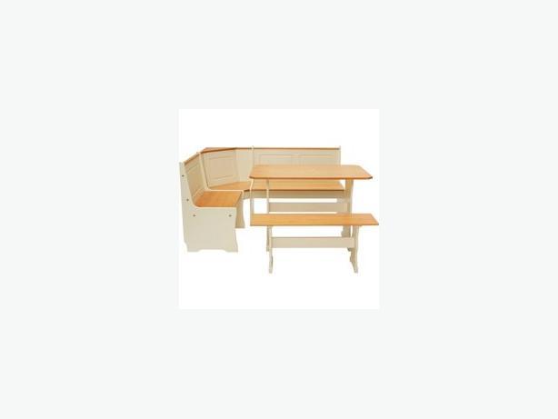 Corner bench set