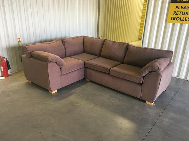 Fabric corner sofa - very good condition // free delivery