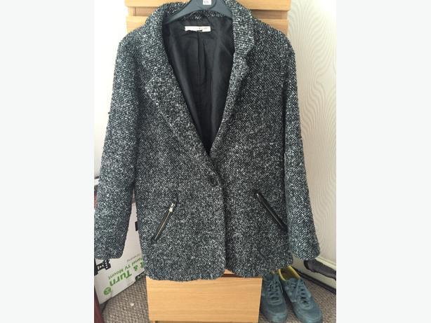 ladys coat size 8-10