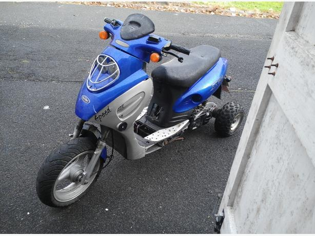 50cc 3 wheel scooter spare or repairs