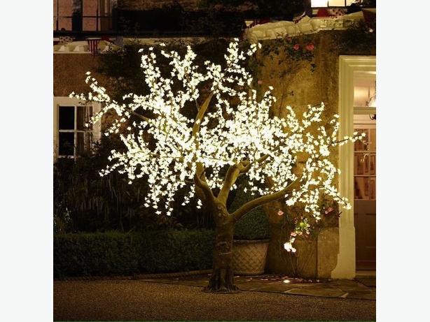 LARGE ARTIFICIAL LED TREE
