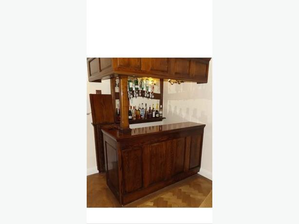 BESPOKE SOLID OAK BAR
