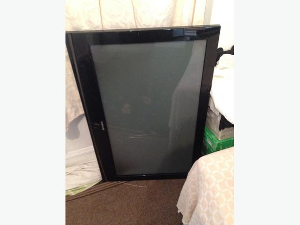 "Samsung Plasma TV 47"" *damaged*"