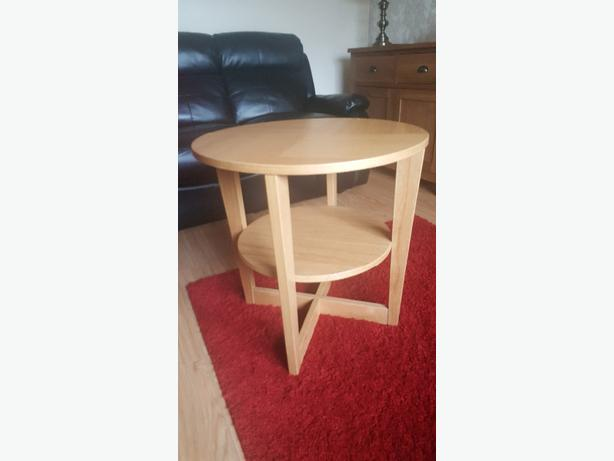 1 solid marble coffee table £30 1 solid wood coffee table £30