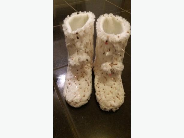 New women's slippers
